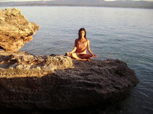 yoga-hr-0011